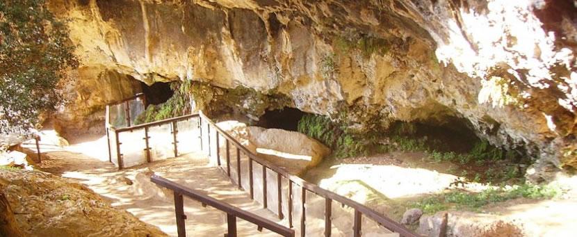 Grotta del Romito a Papasidero