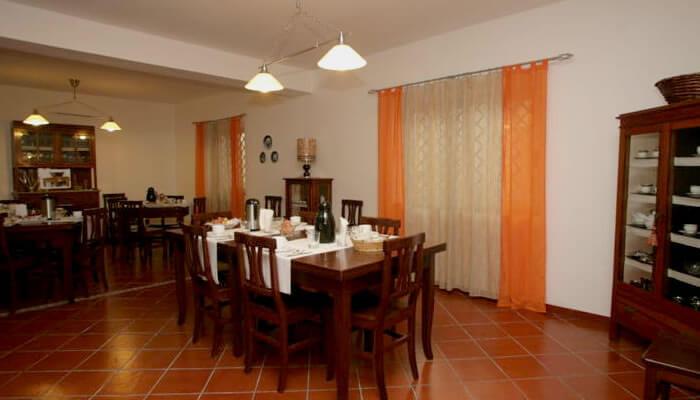 Bed Breakfast Casa Galez a Santa Domenica di Ricadi - sala colazione