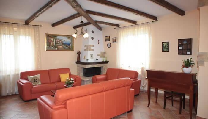 Bed and Breakfast Villa Isa a Sant'Angelo di Drapia - sala