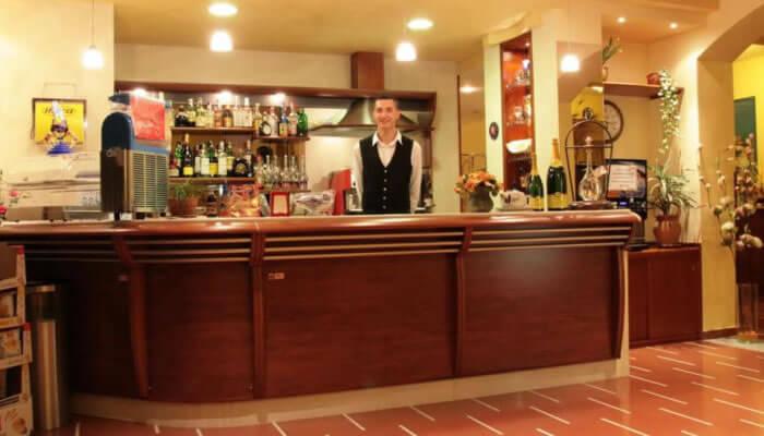 Hotel Ristorante La Bussola, Capo Vaticano - bar