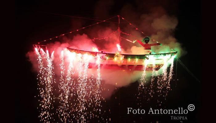 I tri da cruci, festa popolare di Tropea - la barca