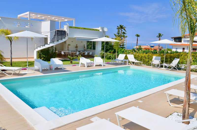 Centurio Luxury Rooms a Tropea la piscina