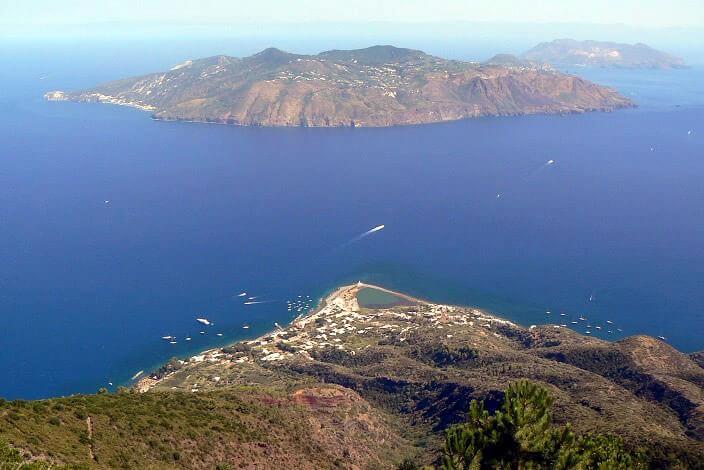 Viaggio nelle Isole Eolie