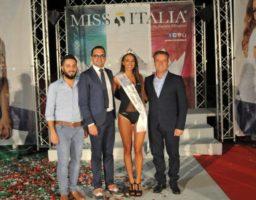 miss cinema calabria 2018 ilaria pedone con antonio russo, francesco russo e giuseppe greco