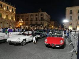 Automobilismo d'epoca Raid dell'Etna a Catania - partenza auto