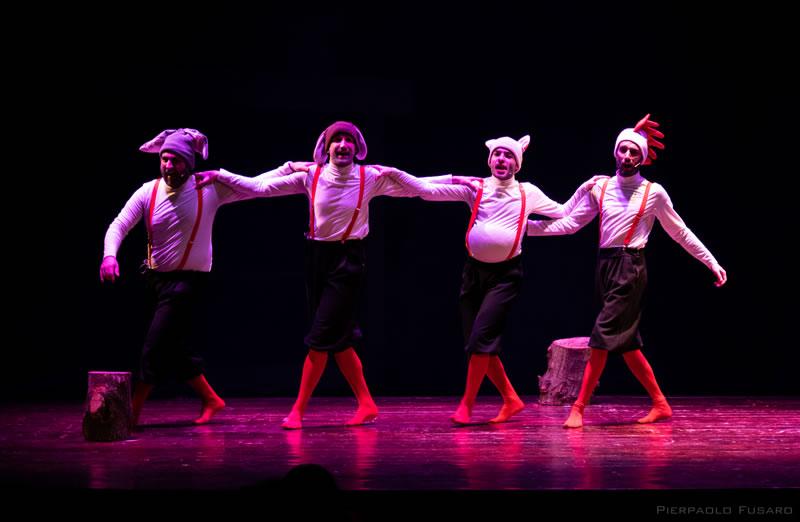 Teatro Sotto il Banco a dicembre il teatro per le scuole di AttorInCorso