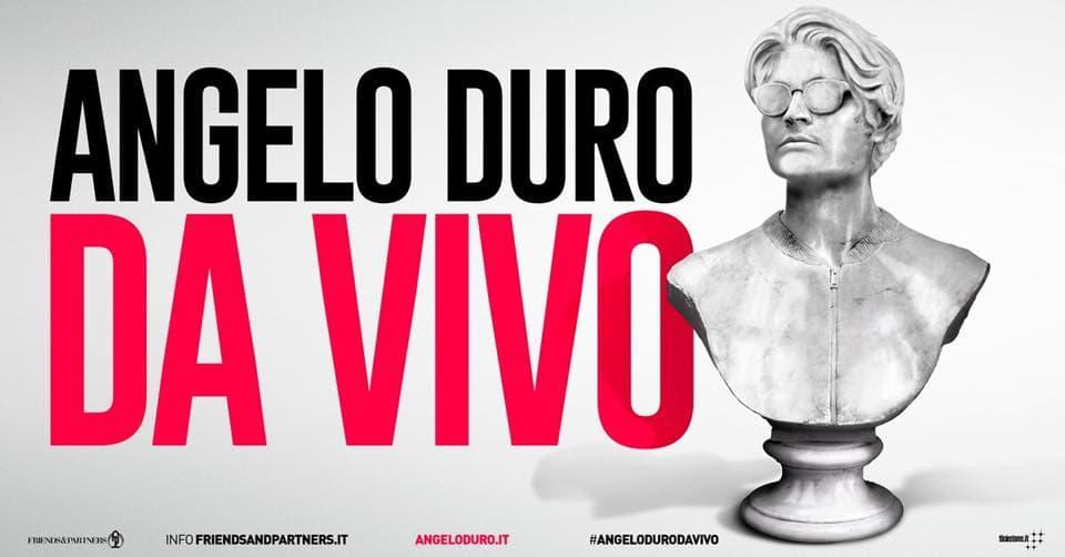 Angelo Duro dal vivo