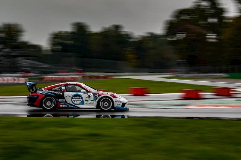 Il calabrese Iaquinta sbanca Monza e conquista il titolo della Carrera Cup Italia corsa