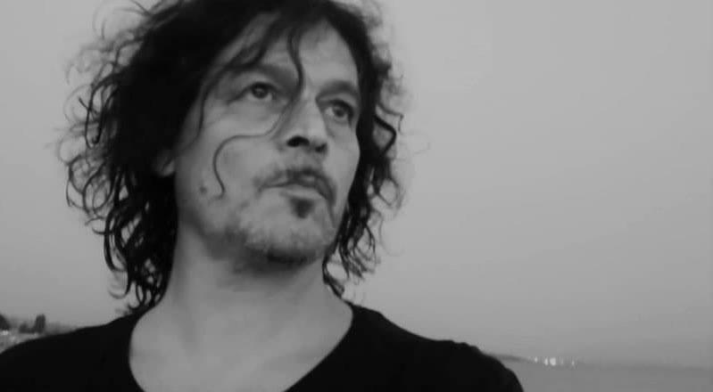 Luigi Morello, voice&guitar
