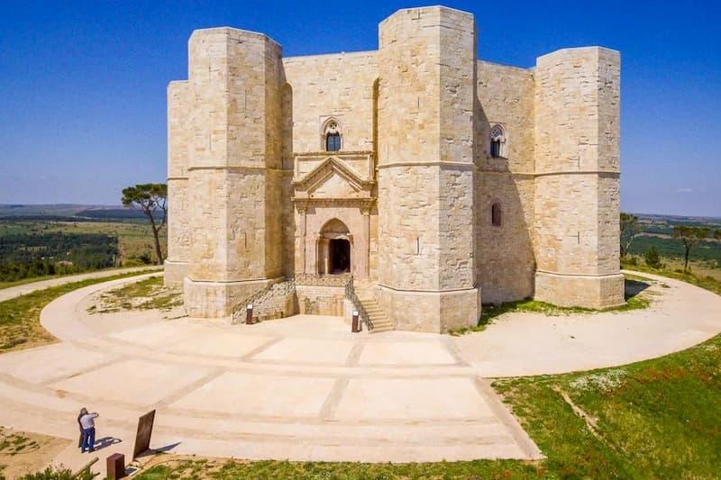 Escursione organizzata di Trani e Castel del Monte
