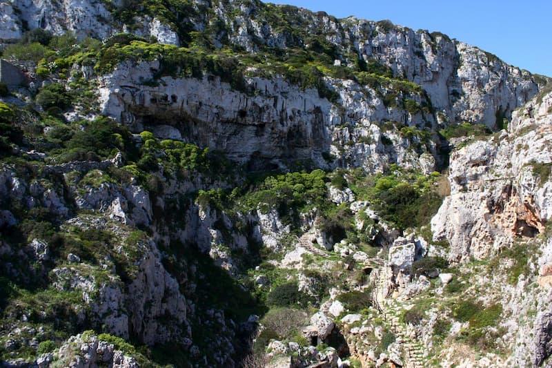 Escursione il Canyon Ciolo ed Il Sentiero delle Grotte Cipolliane