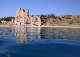 Castrum Petrae Roseti-Roseto-Capo-Spulico